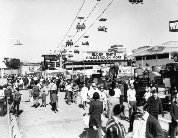Ekka chair lift