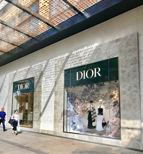 Dior Lady Art 3 arrives in Brisbane