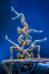 Kurios by Cirque du Soleil_Contortion Bodies Electric