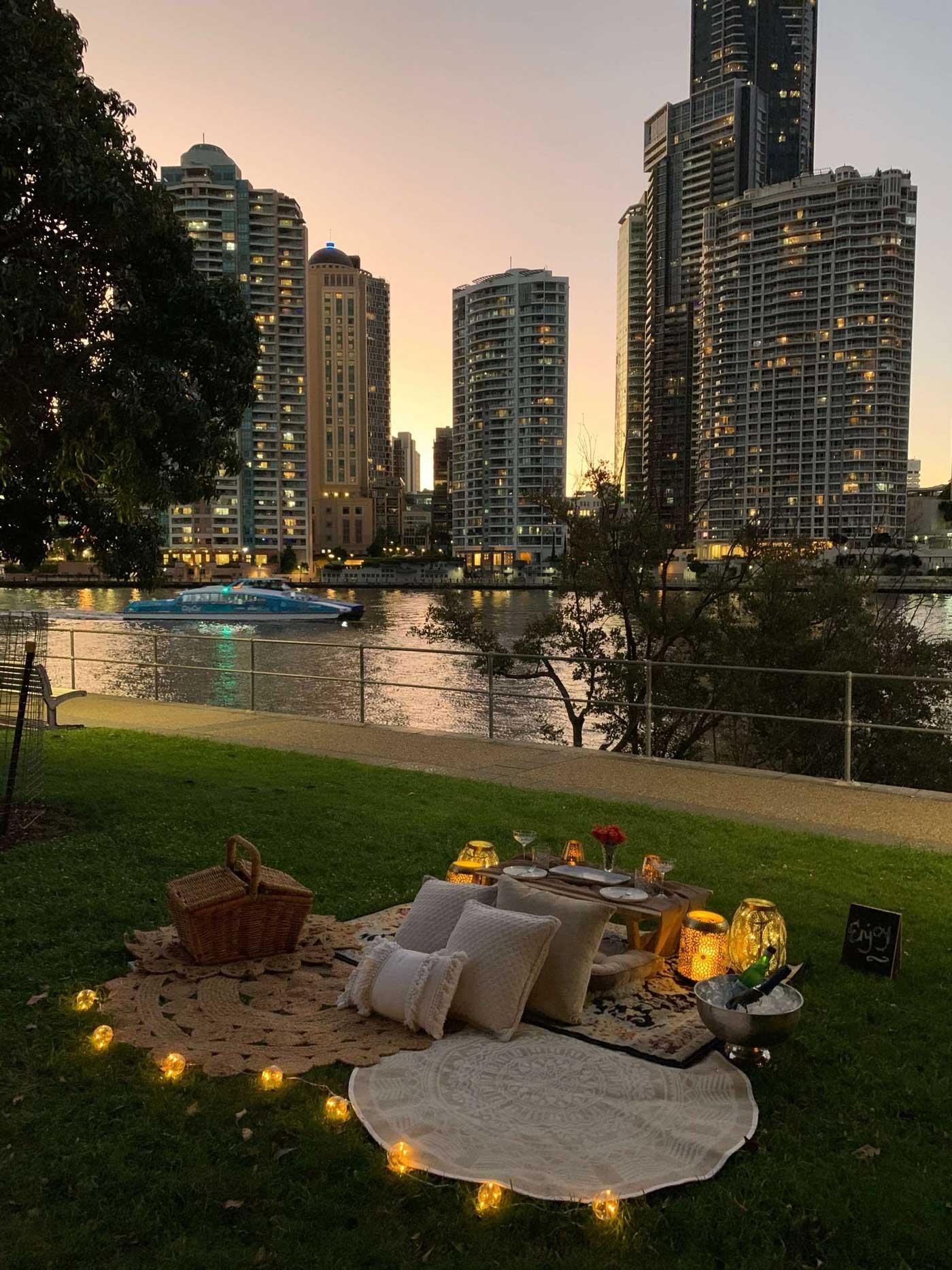 Brisbane Night Date Picnic